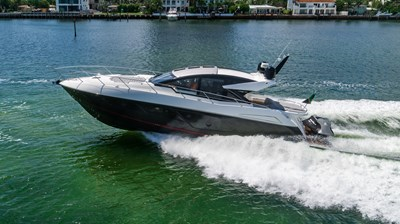 9_2019 57ft Sunseeker Predator
