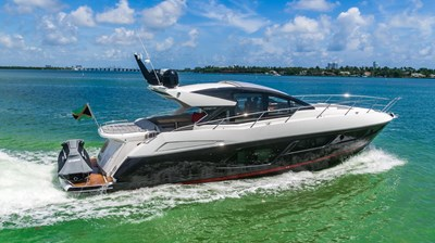 17_2019 57ft Sunseeker Predator