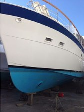 1982 Hatteras 53 Motor Yacht 3 4