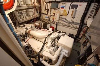 1982 Hatteras 53 Motor Yacht 17 18