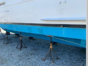1982 Hatteras 53 Motor Yacht 26 27