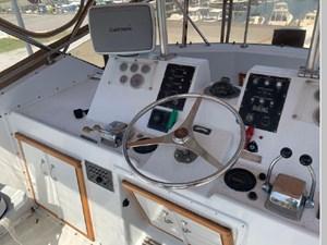 1982 Hatteras 53 Motor Yacht 51 52