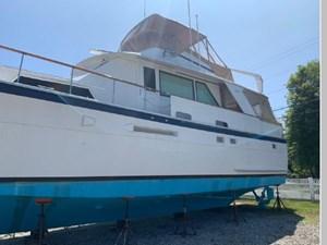 1982 Hatteras 53 Motor Yacht 55 56