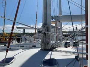 2000 Jeanneau Sun Odyssey 45.2 74 75