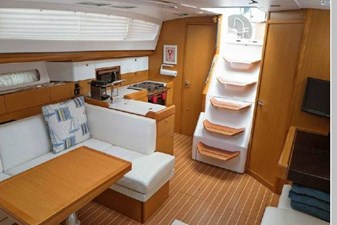 2014 Jeanneau Sun Odyssey 44DS 28 29