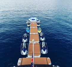 OCEAN CLUB 7 1000 SQ FT OF FLOATING DOCKS