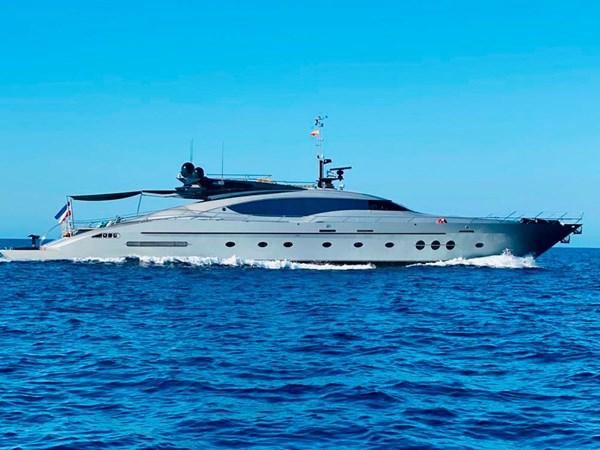 Palmer-Johnson-PJ120-Escape II-Motor Yacht-Exterior-5