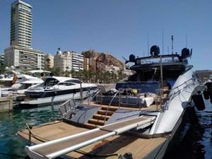 Palmer-Johnson-PJ120-Escape II-Motor Yacht-Exterior-Passarelle