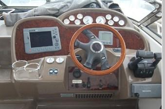2006 Regal 3560 Commodore 31 32