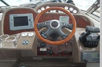 2006 Regal 3560 Commodore 38 39