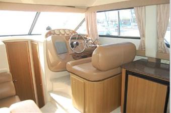 2001 Bayliner 3488 Command Bridge Motoryacht 13 14