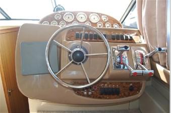 2001 Bayliner 3488 Command Bridge Motoryacht 14 15