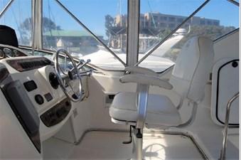 2001 Bayliner 3488 Command Bridge Motoryacht 26 27