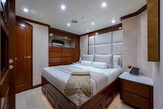 La Sirena_Starboard Guest Stateroom1