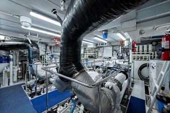 La Sirena_Engine Room1