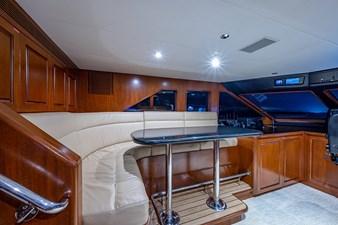 La Sirena_Pilot House2