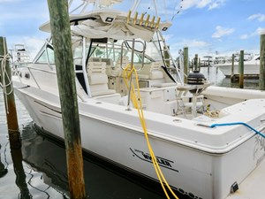 2_2002 35ft Boston Whaler 350 Defiance R&C