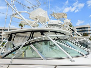 4_2002 35ft Boston Whaler 350 Defiance R&C