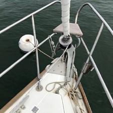 Solo 7 Solo 1986 CAL YACHTS 33 Cruising/Racing Sailboat Yacht MLS #267017 7