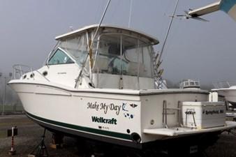 1998 Wellcraft Coastal 3300 1