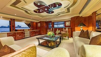 Upper Deck Salon 3