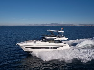 2_2020 52ft Astondoa 52 Flybridge