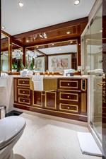 7 Master Toilet