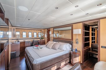 FIVE STARS 13 Master cabin