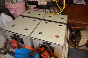 46 Start Batteries box