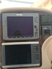 2003 Sea Ray 550 Sundancer 16 17
