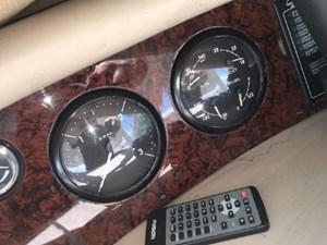 2003 Sea Ray 550 Sundancer 66 67