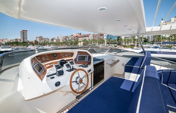 Nassica Flybridge Pilothouse