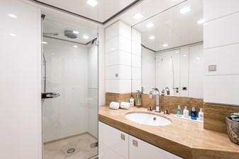 13 - Double 1 bathroom