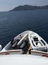 SEA SHELL 1 tender with 2 jet ski