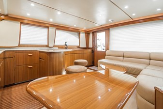 2010-viking-46-convertible-mi-novia-24_50377237011_o