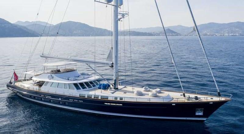 Sailing_yacht_CORTO_MALTESE_small_001