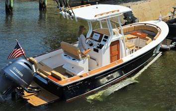 23-bristol-harbor-boat_img