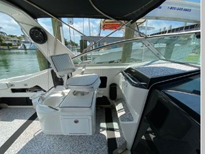1991 Sea Ray 350 Express Cruiser 15 16