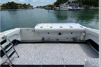 1991 Sea Ray 350 Express Cruiser 24 25