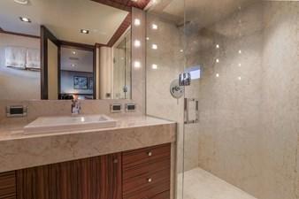 Port Aft Guest Bath