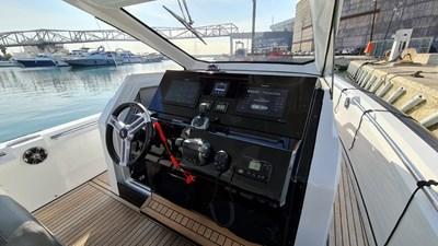 PIRELLI 42 Speedboat -  012