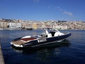 PIRELLI 42 Speedboat -  020