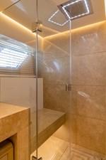 VIP Bath 1