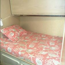 MON SHERI 22 Crew Cabin