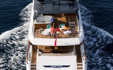 Sirena-Yachts-88-Jeff-Brown-14987-2048x1280