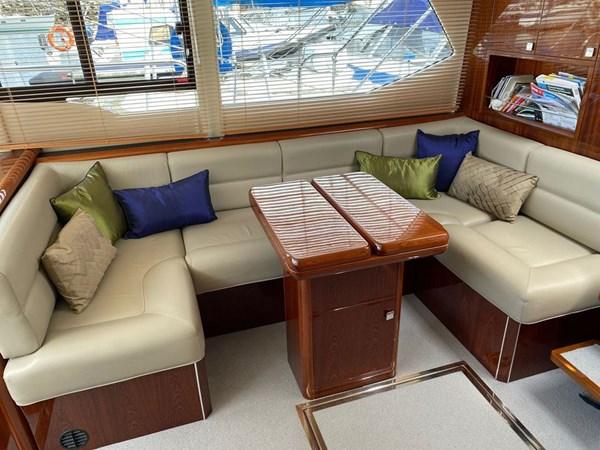 aquastar-430-aft-cabin-2