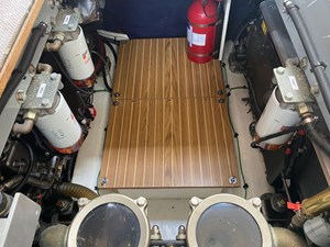 aquastar-430-aft-cabin-5