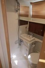 aquastar-430-aft-cabin-8