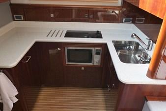 aquastar-430-aft-cabin-9