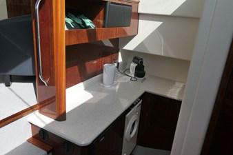 aquastar-430-aft-cabin-10